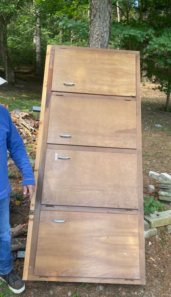Garage / shop wooden cabinet unit $40