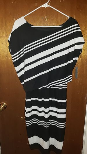 Black and white dress for Sale in Columbus, OH