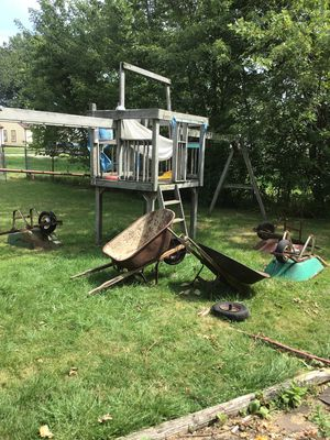 wheelbarrowing for Sale in Cleveland, OH