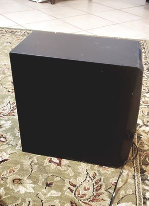 Yamaha Subwoofer system yst-sw005 for Sale in Austin, TX
