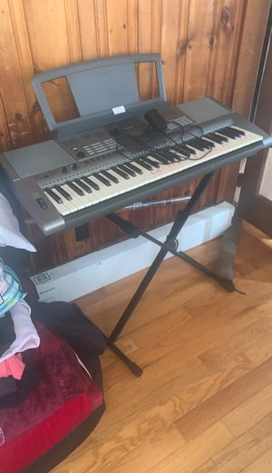 yamaha ypt-400 for Sale in Lowell, MA