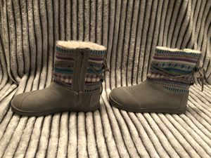 Toms Winter Boots for Girls for Sale in Boca Raton, FL