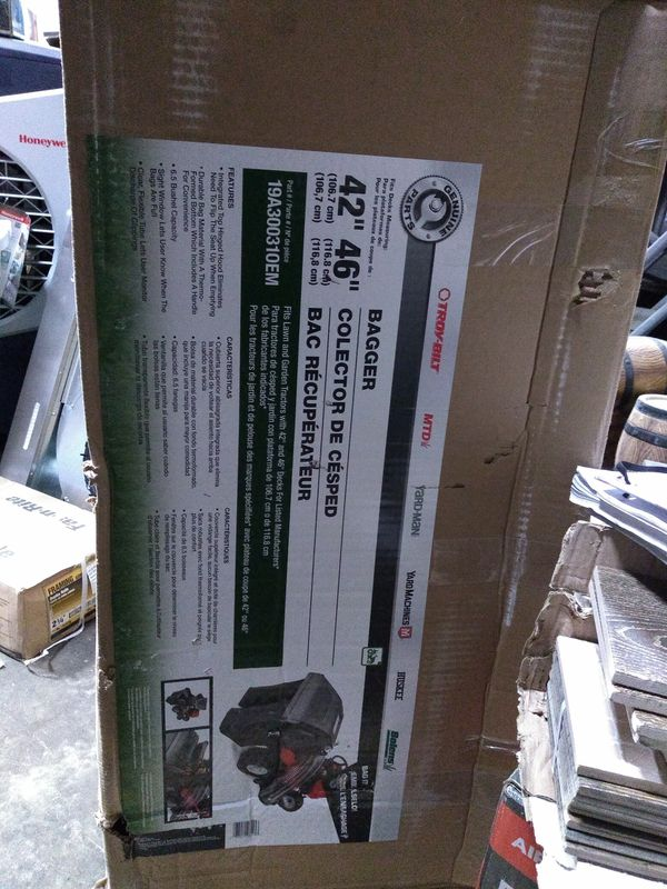 Troy-Bilt 6.5-Bushel Twin Bagger for 42 Tractor**🆕📦💯
