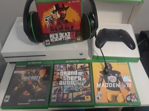 $325 Xbox one bundle for Sale in Fort Washington, MD
