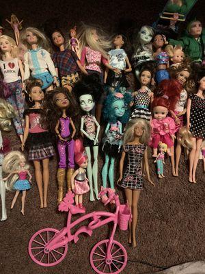 Barbie/monster high dolls for Sale in Clovis, CA