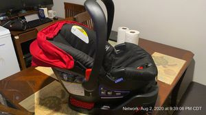 Britax car seat for infant to toddler for Sale in Grapevine, TX