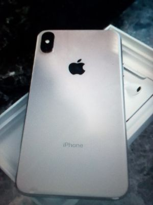 For sale Brand New! 📱iPhone XS Max 256GB GOLD -(unlocked)-√TexT Me☎️(6️⃣6️⃣9️⃣〰️2️⃣4️⃣7️⃣〰️2️⃣9️⃣2️⃣1️⃣) for Sale in Chicago, IL