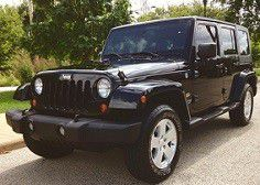 2007 Jeep Wrangler Sahara 4wd AutoMatic for Sale in Detroit, MI