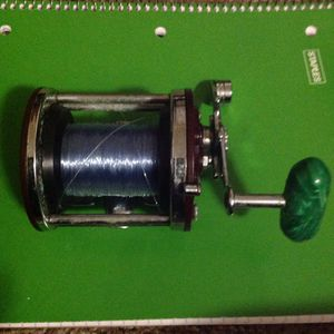 Penn 500 Jigmaster With High Capacity Auminum Spool And 25lb Mono for Sale in Beaverton, OR