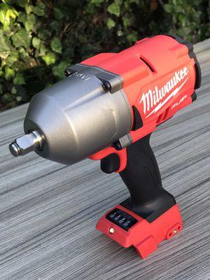 Milwaukee M18 impacto 1/2 de 1400 lb $220 nueva no batería no cargador for Sale in Los Angeles, CA