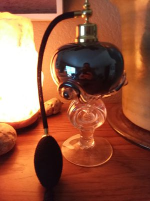 Old perfume bottle for Sale in Everett, WA