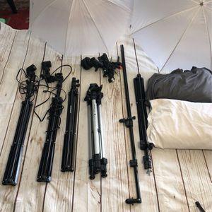 Photo Studio Equipment Tripods Umbrellas Etc for Sale in Los Angeles, CA