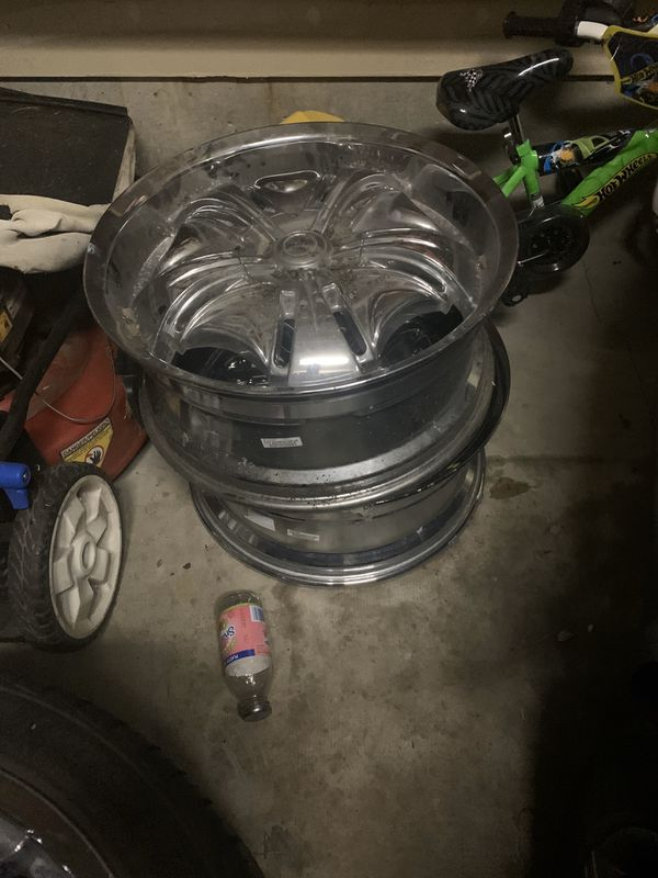 20inch Crome Rims 2 good Tires
