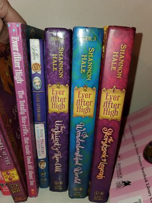Ever after high books set for Sale in Lutz, FL