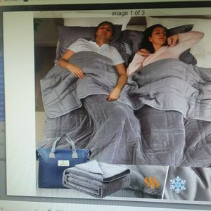 NEW Reversible Weighted Blanket 25lbs 60x80 Warm Plush & Cool Tencel for Sale in Goodyear, AZ