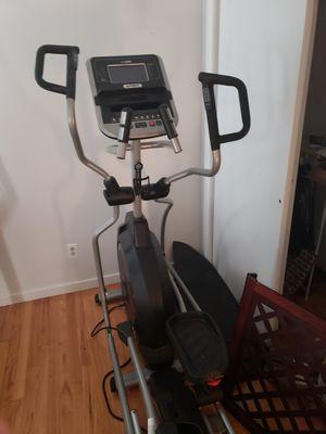 Spirit XE395 elliptical for Sale in North Grafton, MA