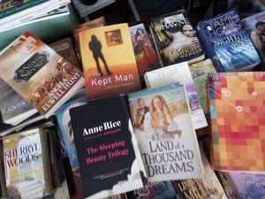 Lots of books 4 for $1 for Sale in North Fort Myers, FL