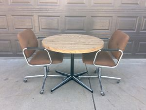 Vintage Mid Century Table & Chairs for Sale in Mesa, AZ