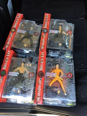 Bruce Lee- The Dragon Lives, brand new action figures for Sale in San Jose, CA