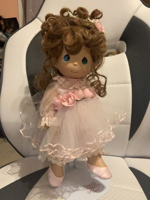 "Precious Moments Twinkle toes 12"" tall for Sale in Jessup, MD"