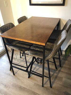 Kitchen Breakfast Table for Sale in Beverly, MA