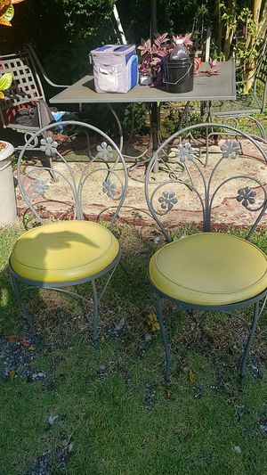 2 lovely chair $30 for Sale in UPPR MARLBORO, MD