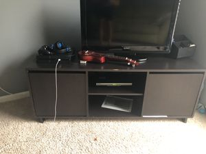 TV stand/cabinet for Sale in Land O Lakes, FL