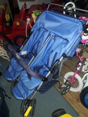 Foundations 2 Seater Foldable Stroller for Sale in Norfolk, VA