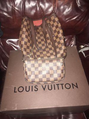 Louis Vuitton Purse/wallet for Sale in Portland, OR