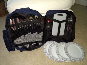 Picnic Utensils Back Pack with Food Warmer Bag for Sale in Dulles, VA