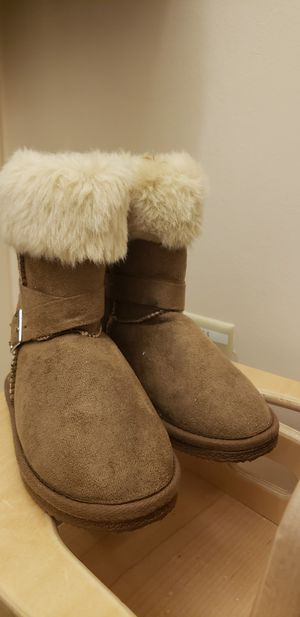 Girls brown boots size 12 for Sale in Baltimore, MD