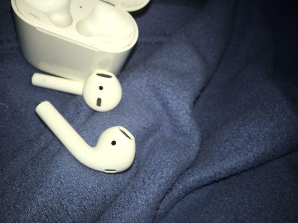 Apple air pods
