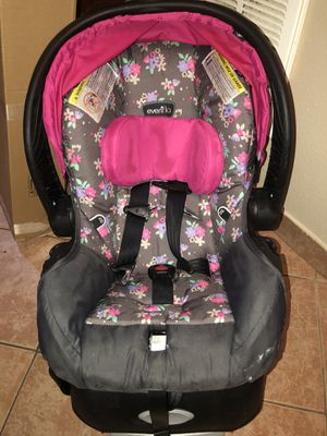 Evenflo Car Seat for Sale in Houston, TX