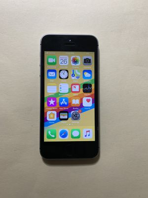 iPhone SE 32gb space gray for Sale in Annandale, VA