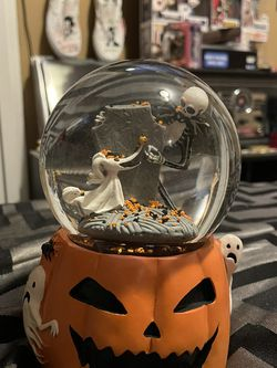 The Nightmare Before Christmas Snow Globe for Sale in Pompano Beach,  FL