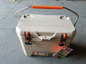 Ozark Trail high performance cooler 26 for Sale in Los Angeles, CA