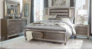 Queen bed frame. Dresser. Mirror and one night stand. Price firm. BPD2 for Sale in Ontario, CA
