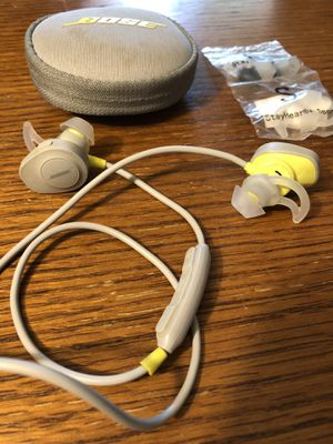 BOSE Soundsport Wireless Bluetooth Headphones (Iphone&Android) for Sale in Anchorage, AK