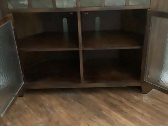Corner Tv Cabinet for Sale in Muscatine,  IA