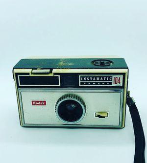 Vintage Kodak Instamatic 104 Camera 126 Film 1965 Looks Good *Untested* for Sale in Reisterstown, MD
