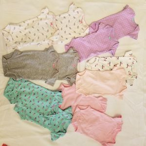 Preemie Twin clothing lot for Sale in Florissant, MO