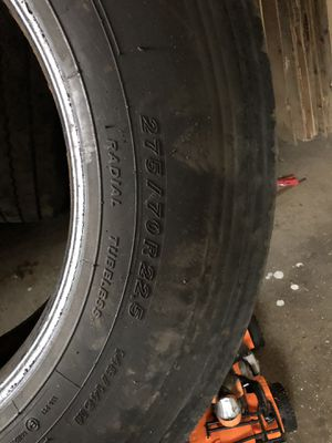 Semi truck trailer tire 275/70/22.5 for Sale in Dearborn Heights, MI