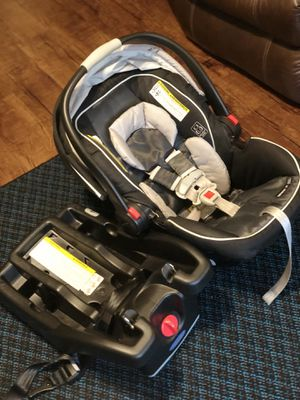 Graco SnugRide 35 Infant Car Seat for Sale in Dunn, NC