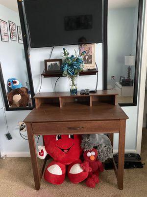 Desk for Sale in Charlottesville, VA