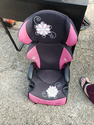 Kids car seat free for Sale in Spanaway, WA