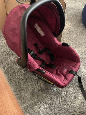 Urbini car seat! for Sale in Longview, WA