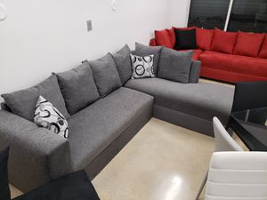 Sectional Sofa couch for Sale in Miami, FL