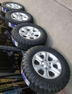 """17"""" TACOMA 4RUNNER TUNDRA SEQUOIA FJ T100 NEW RIMS AND MUD TERRAIN TIRES for Sale in Rancho Cucamonga,  CA"""