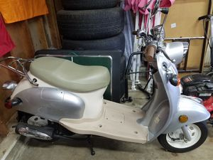 50cc scooter for Sale in Charlotte, NC