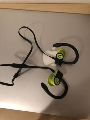 beats solo 3 headphones for Sale in North Bergen, NJ